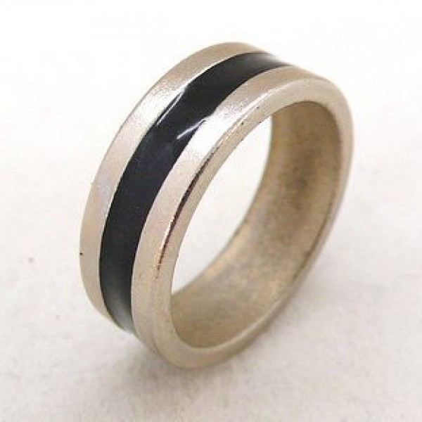 MAGNETIC PK RING (BLACK & SILVER)